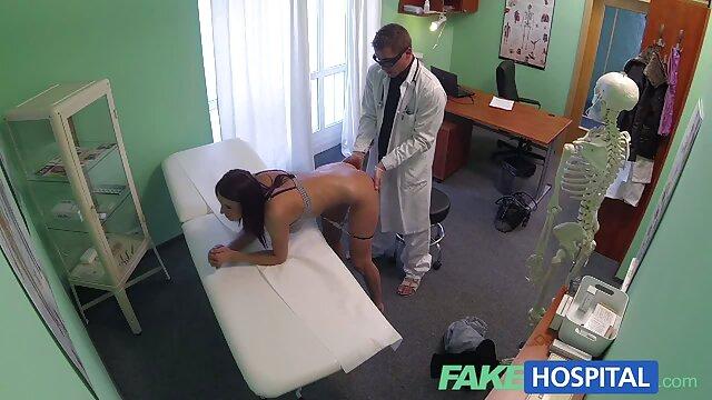 एक लंबे समय के लिए, बड़े स्तन वाले डॉक्टर ने अपने मरीज की तलाश की और आखिरकार देखा कि कैसे उसे एक डिक मिला और फिर उसने उसे धीरे से हिंदी में सेक्सी फुल मूवी अपने मुंह में ले लिया और अपनी भूख से भरी चूत में जोशीले लिंग के साथ उपचार की एक नई विधि का परीक्षण किया