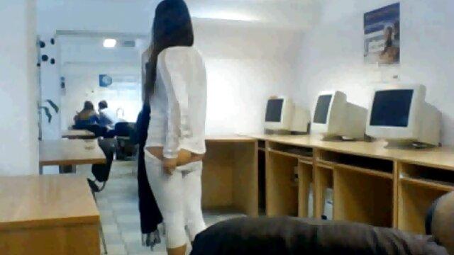 एक साफ-सुथरी साइडकिक ने एक किर्गिज़ सेक्सी वीडियो एचडी मूवी हिंदी में महिला को बड़े अंडों से चिपके एक सख्त श्यागा पर तंग गुदा सेक्स के साथ रखा